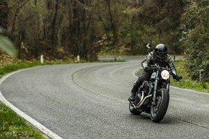 2-Yard-Buil-moto-di-ferro-speed-iron-Yamaha