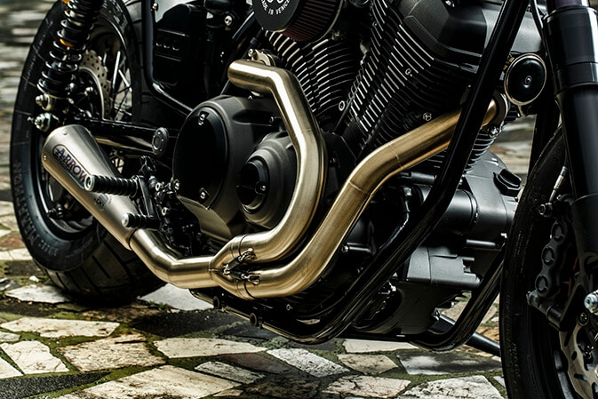4-Yard-Buil-moto-di-ferro-speed-iron-Yamaha