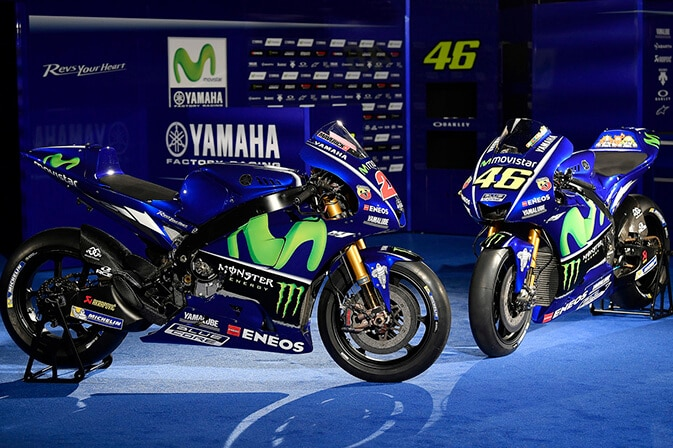 MotoGP-presentacion-2017_0005_YZR-M1_46_25_03