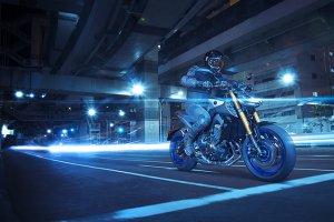 Yamaha-2017_0012_MT09SP_05