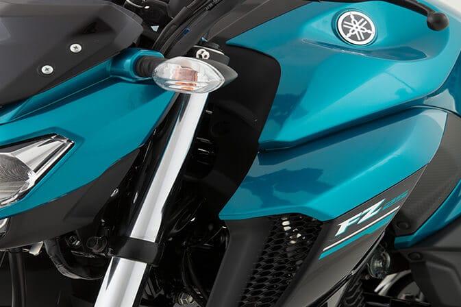 Yamaha-FZ25_0001