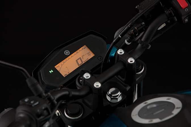 Yamaha-FZ25_0004