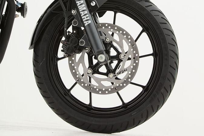 Yamaha-FZ25_0005