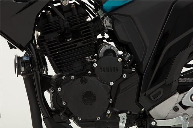 Yamaha-FZ25_0006