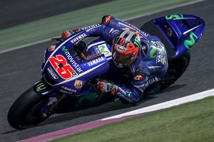Yamaha-MotoGP-2017-Qatar-test_0007_0DHSWST8BPJW9QBJCYMG