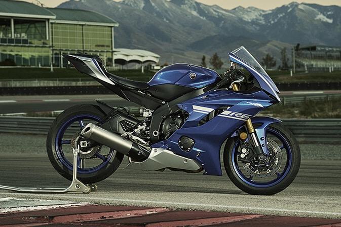 Yamaha-nueva-R6-2017_0001_2017_2