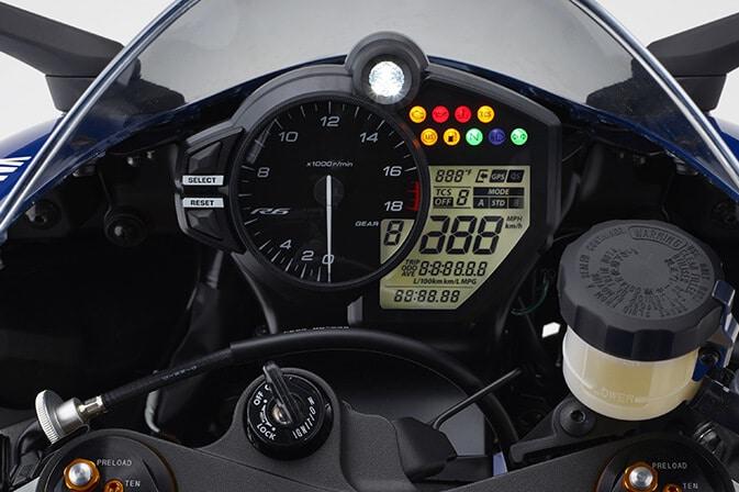 Yamaha-nueva-R6-2017_0007_2017_8