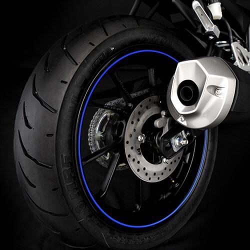 Neumático en la R15 versión 3