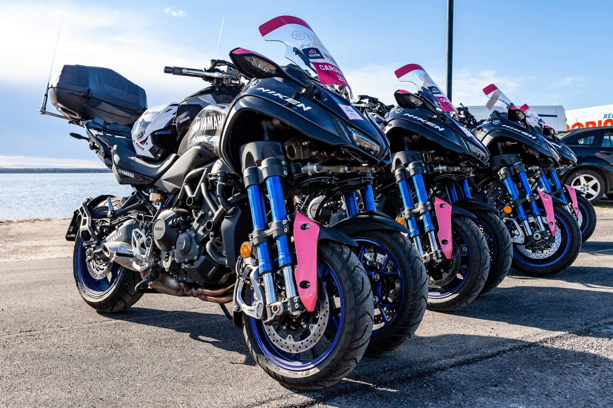 Mezclado Laboratorio documental  La Yamaha Niken, motocicleta oficial de apoyo de las tres grandes carreras  de ciclismo - Incolmotos Yamaha