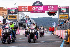 Niken en el Giro